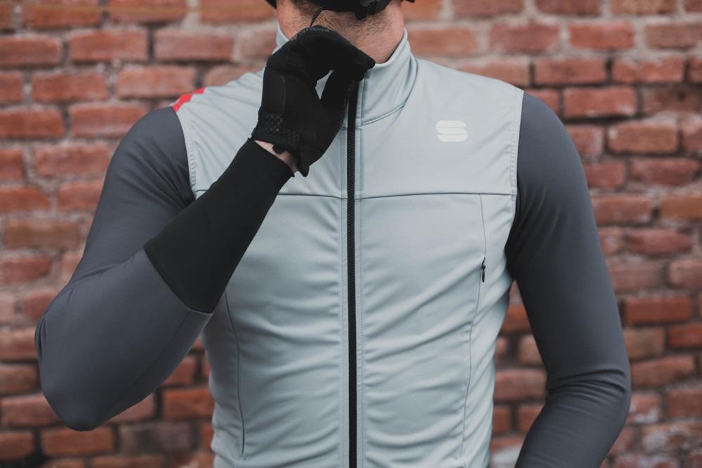 Outfit ciclista de otoño. ¡La selección de entretiempo biciescapa!