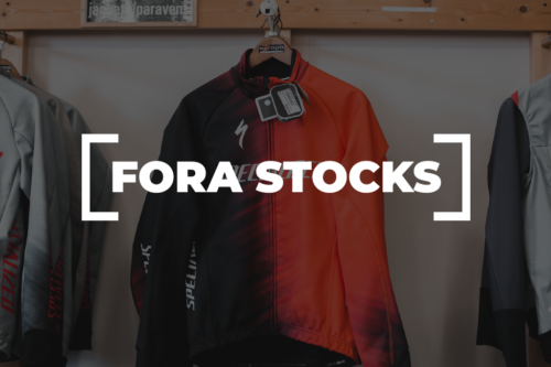 Fora Stocks Vestuario